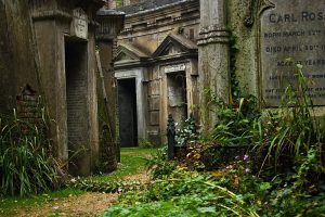 West-Highgate-Cemetery-Catacombs-2
